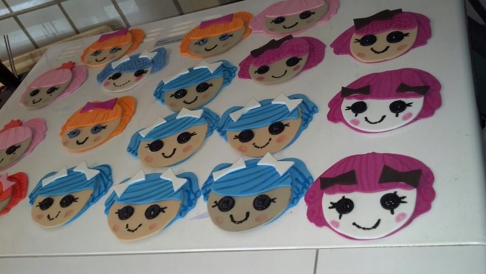 DIY foammy Lalaloopsy head clips(made by me, yay!!) :D