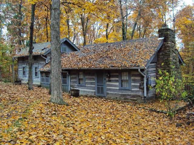 antique in Indiana | Real estate buyers, House styles, Log ...