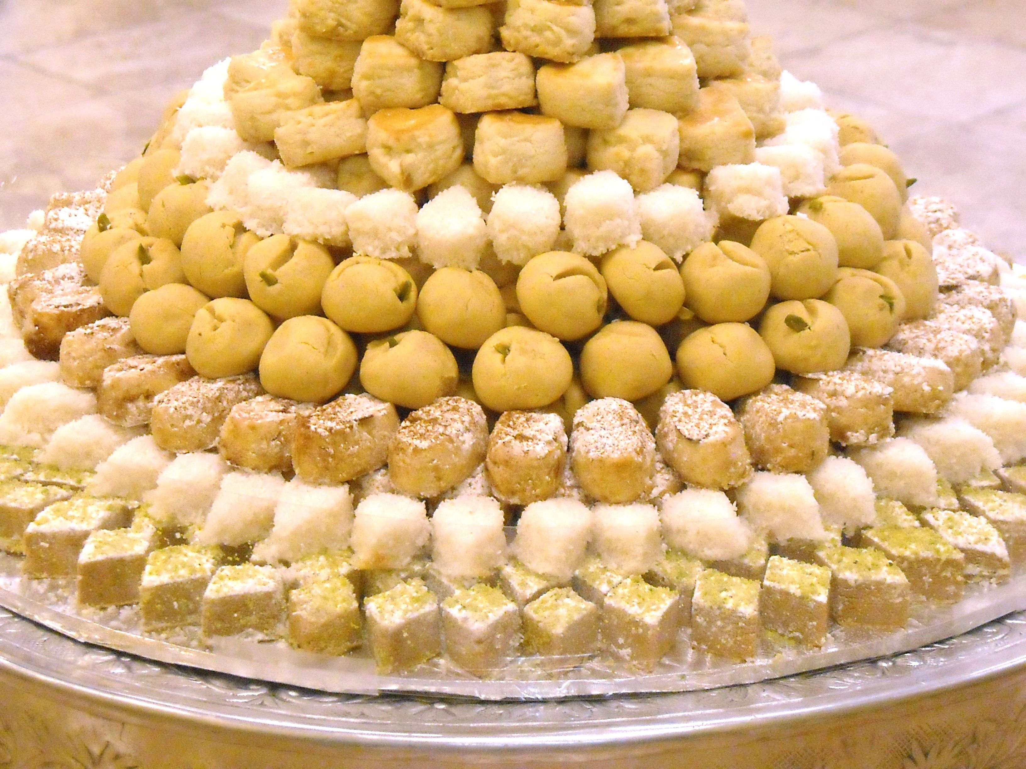 Persiansweets tower sweets amazing sweets sweet tooth persian cuisine forumfinder Images