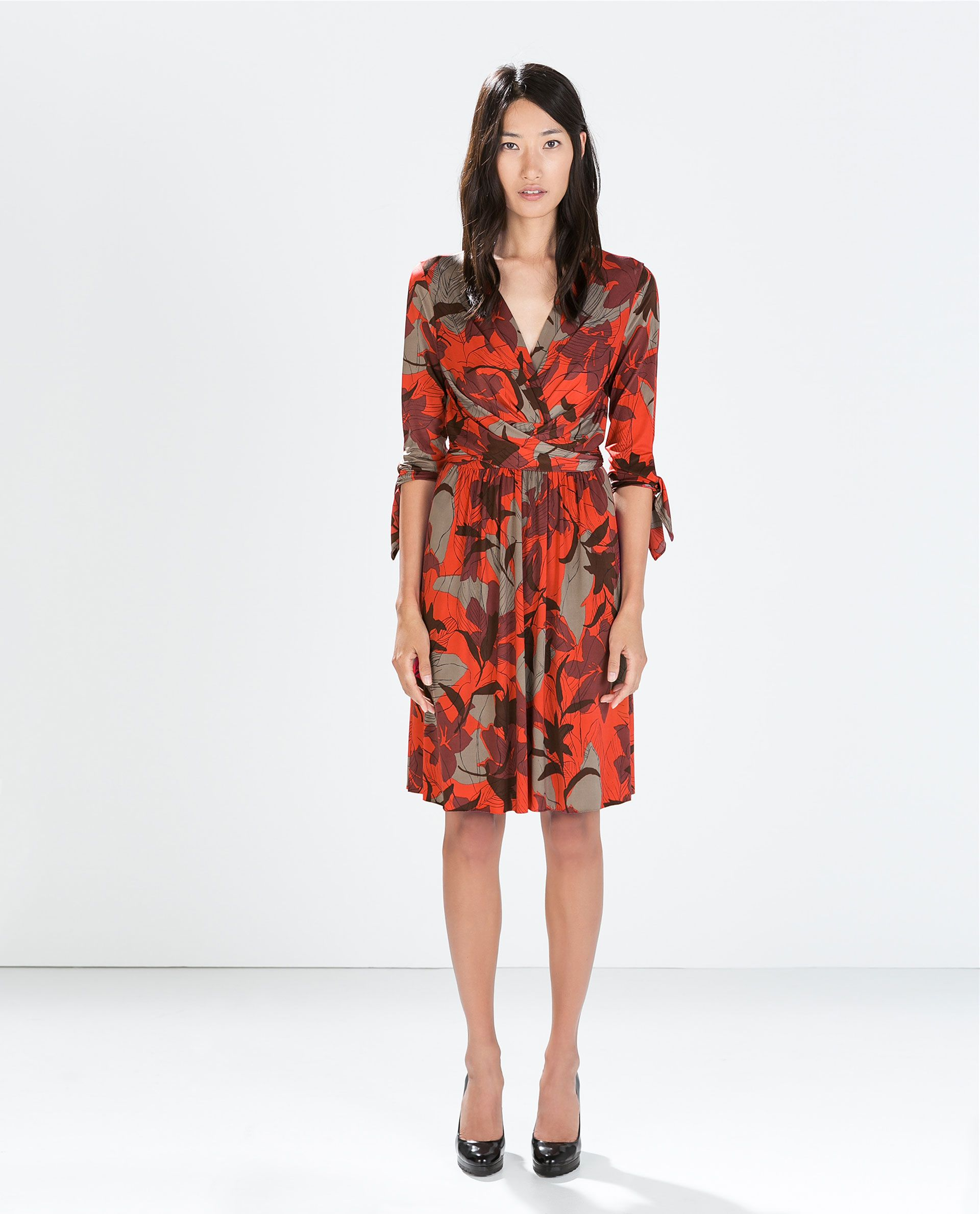 5e07a36b Image 1 of FLORAL WRAP DRESS from Zara | Outfits . Shoes . Bags ...