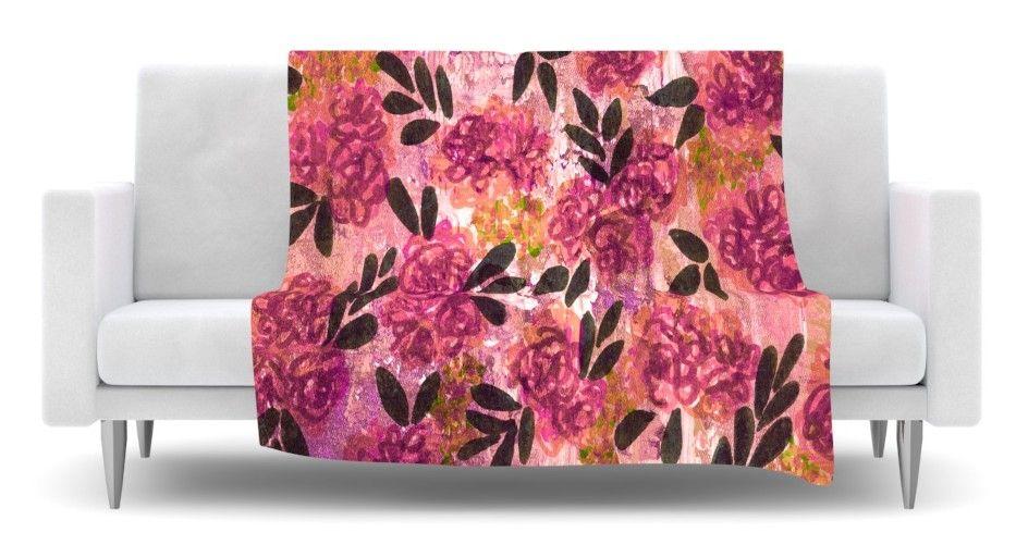 Grunge Flowers II Fleece Throw Blanket