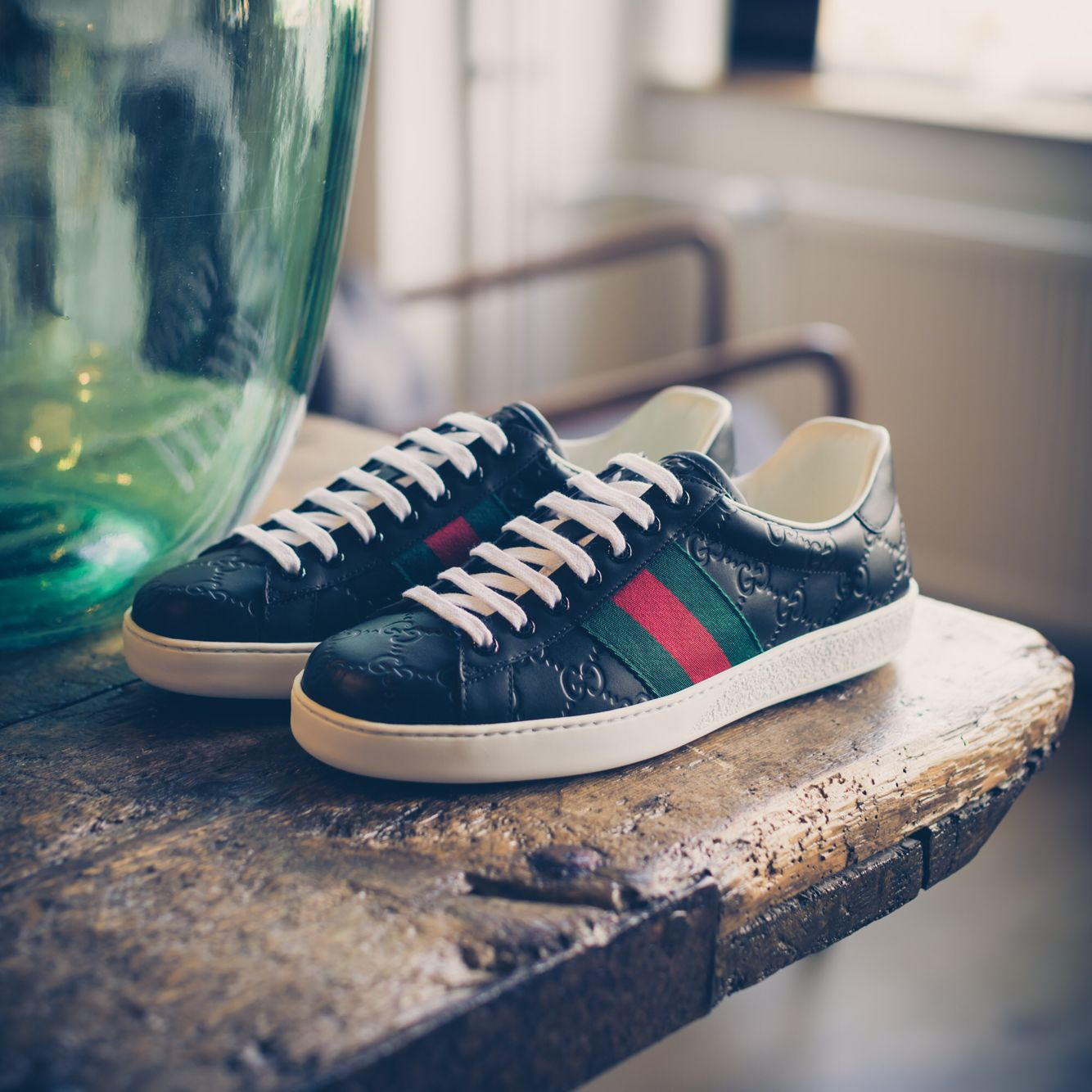 5f422dec50d GUCCI | NEW ARRIVALS | DERODELOPER.COM The Gucci ace signature low top  sneakers for the fall / winter 2016 collection. Available Online & In Store  FOR MORE ...