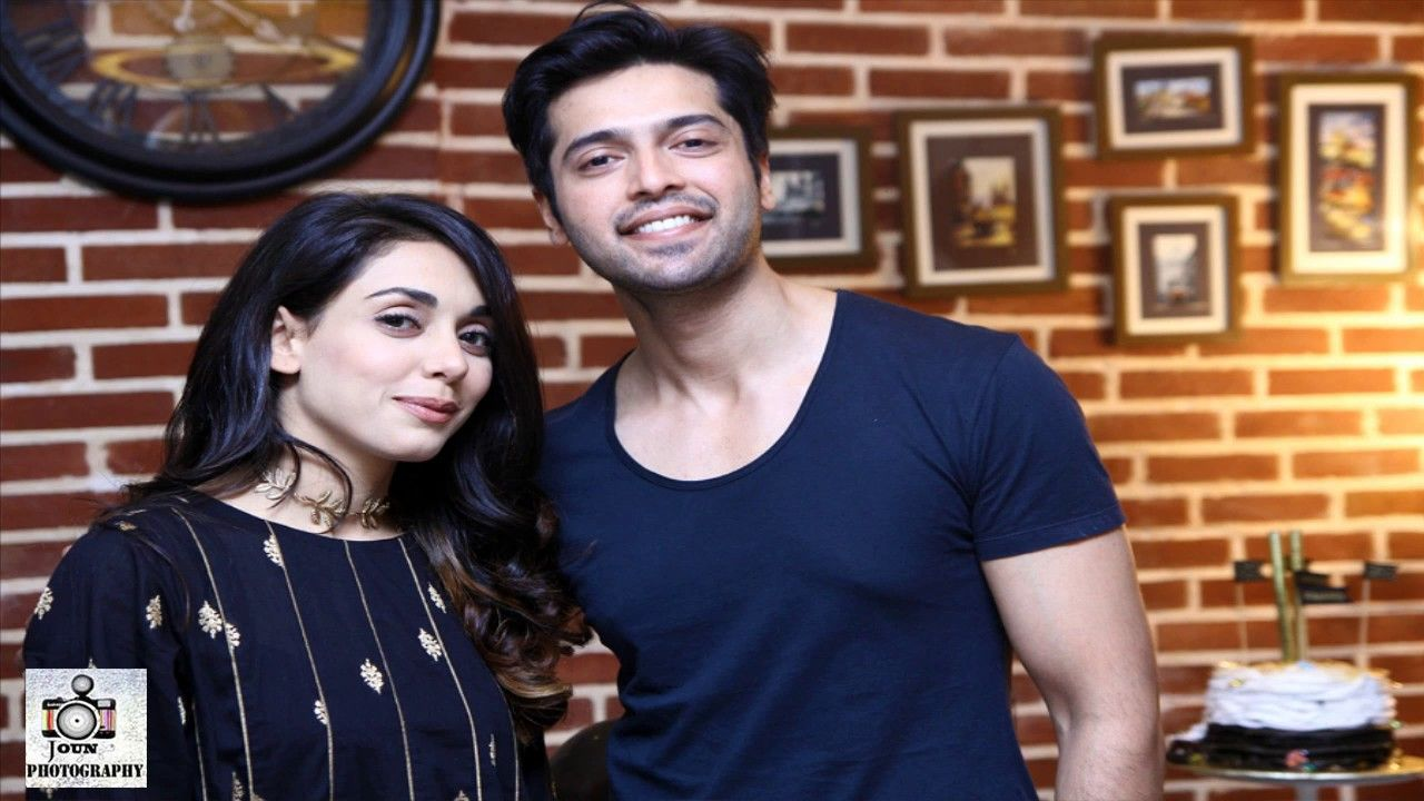 Fahad Mustafa Pictures with his Wife | fahad Mustafa