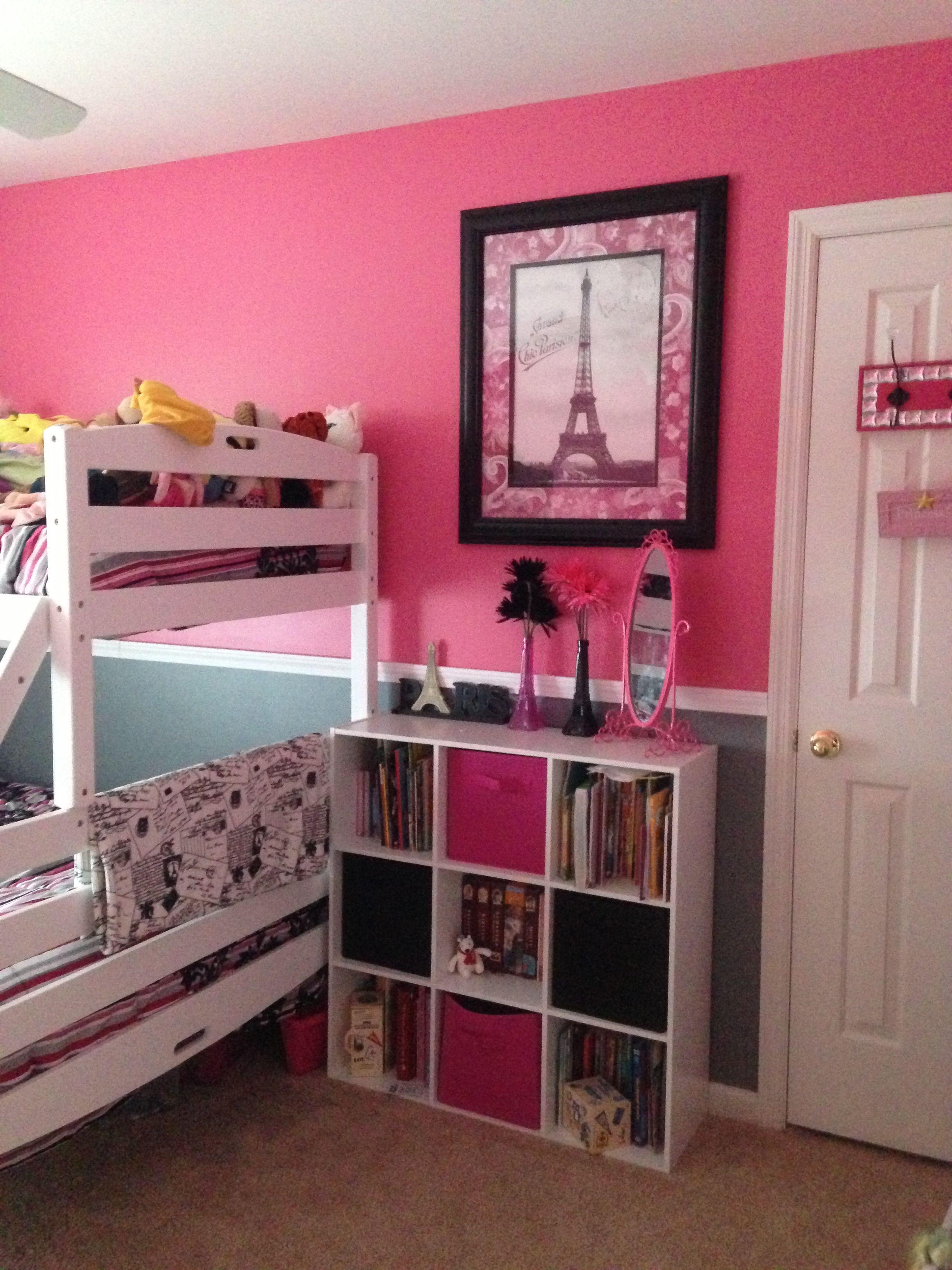 Teenage Rooms: Soft Pink, Ruffles, Eiffel Tower, Fleur De