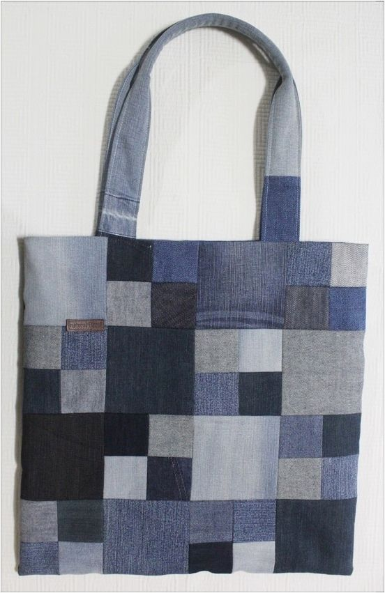 2dab2806ac Sew a Patchwork Denim Shopping Bag from Recycled Jeans. Photo Sewing  Tutorial. 2 of 2