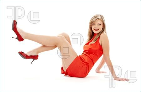 Sitting-Girl-Red-Dress-Legs-742605.jpg (450×295)