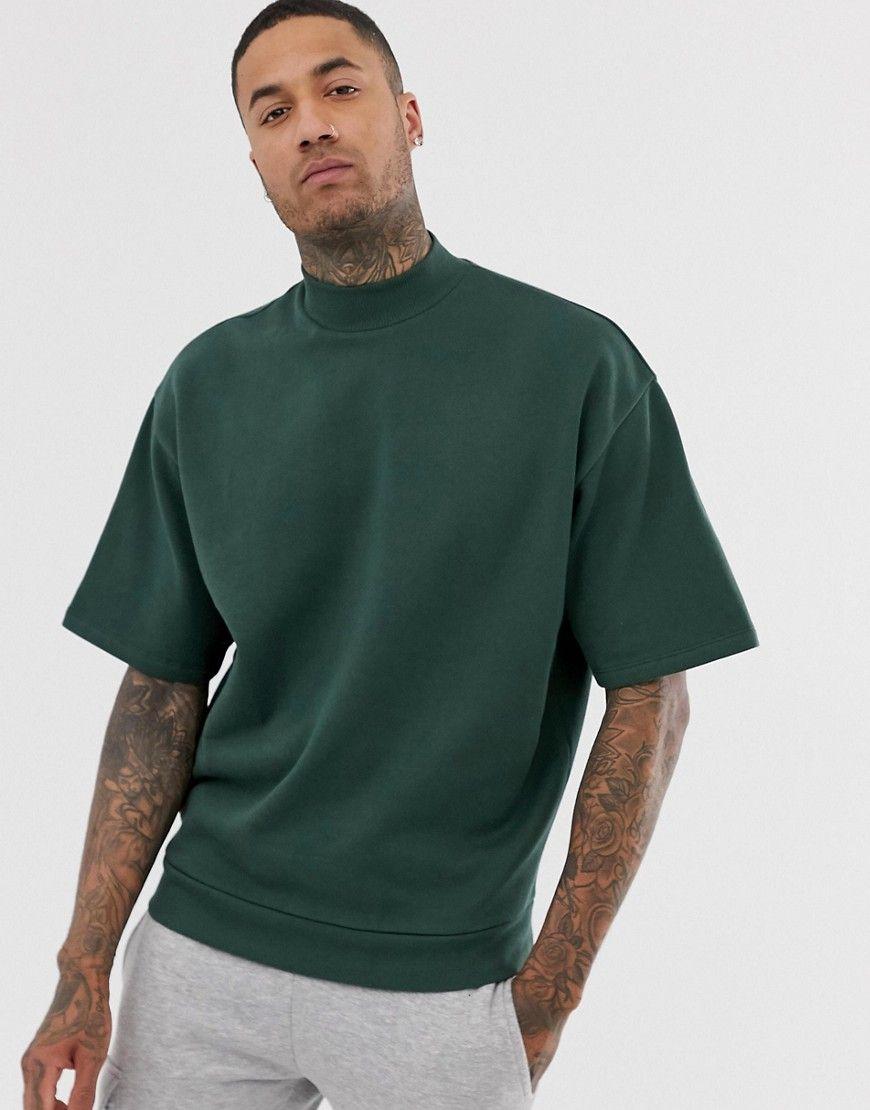 Asos Design Short Sleeve Oversized Turtleneck Sweatshirt In Dark Green Green Asosdesign Cloth Asos Designs Long Sleeve Tshirt Men Men Short Sleeve [ 1110 x 870 Pixel ]