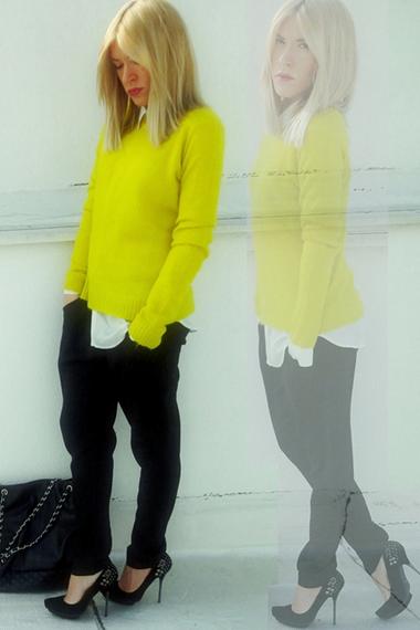 Bright yellow! Love.