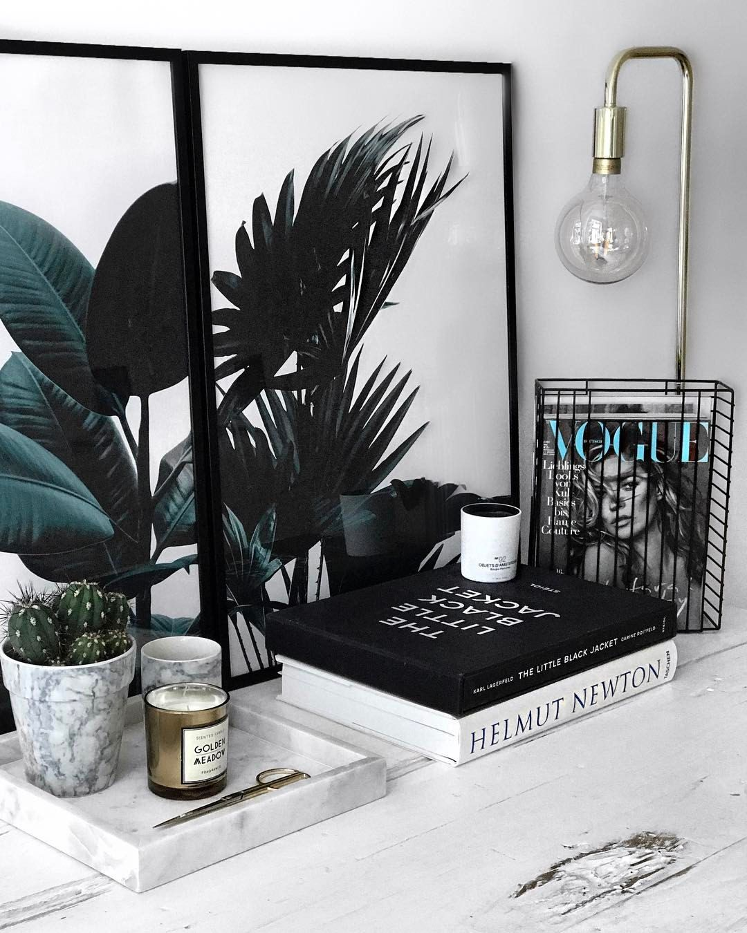 """""""Mi piace"""": 1,503, commenti: 37 - A Y L I N K Ö N I G (@aylin_koenig) su Instagram: """"h o m e table details w/ my new @desenio posters Get 25% off with the code """"Aylin25"""" until…"""""""