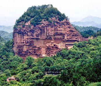 Ruta de la Seda, China. Las Cuevas De Buda en Maijishan.