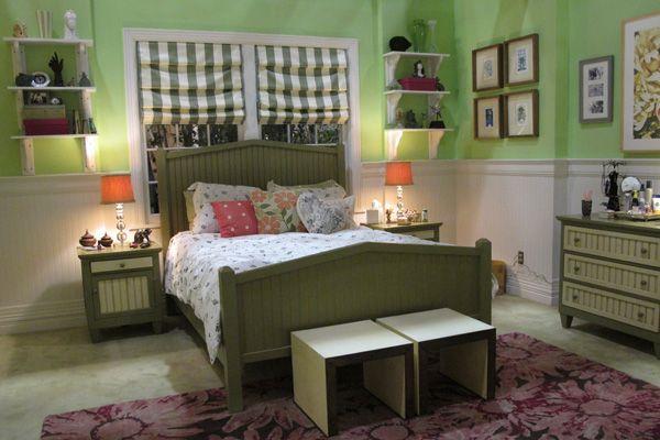 mona's bedroom - pretty little liars
