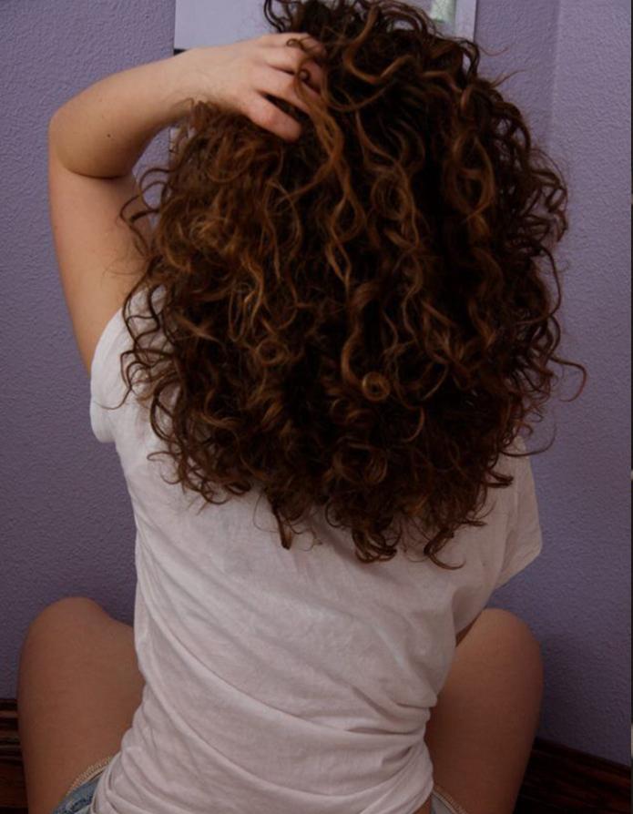 Kivircik Sac Modelleri Frisuren Mittellanges Haar Naturlocken Lockige Frisuren Lockige Haare Schone Frisuren Fur Lockige Haare