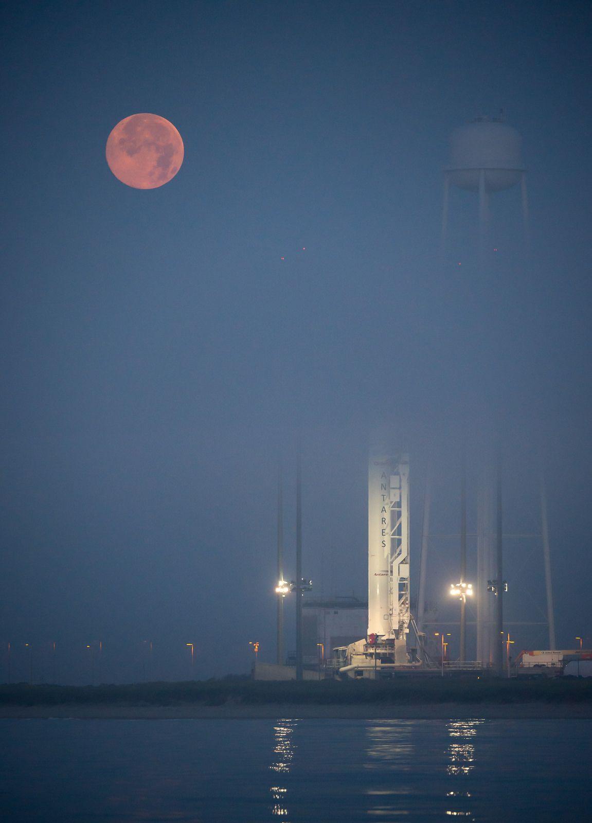 Orbital-2 Mission (201407120001HQ) | Flickr - Photo Sharing!