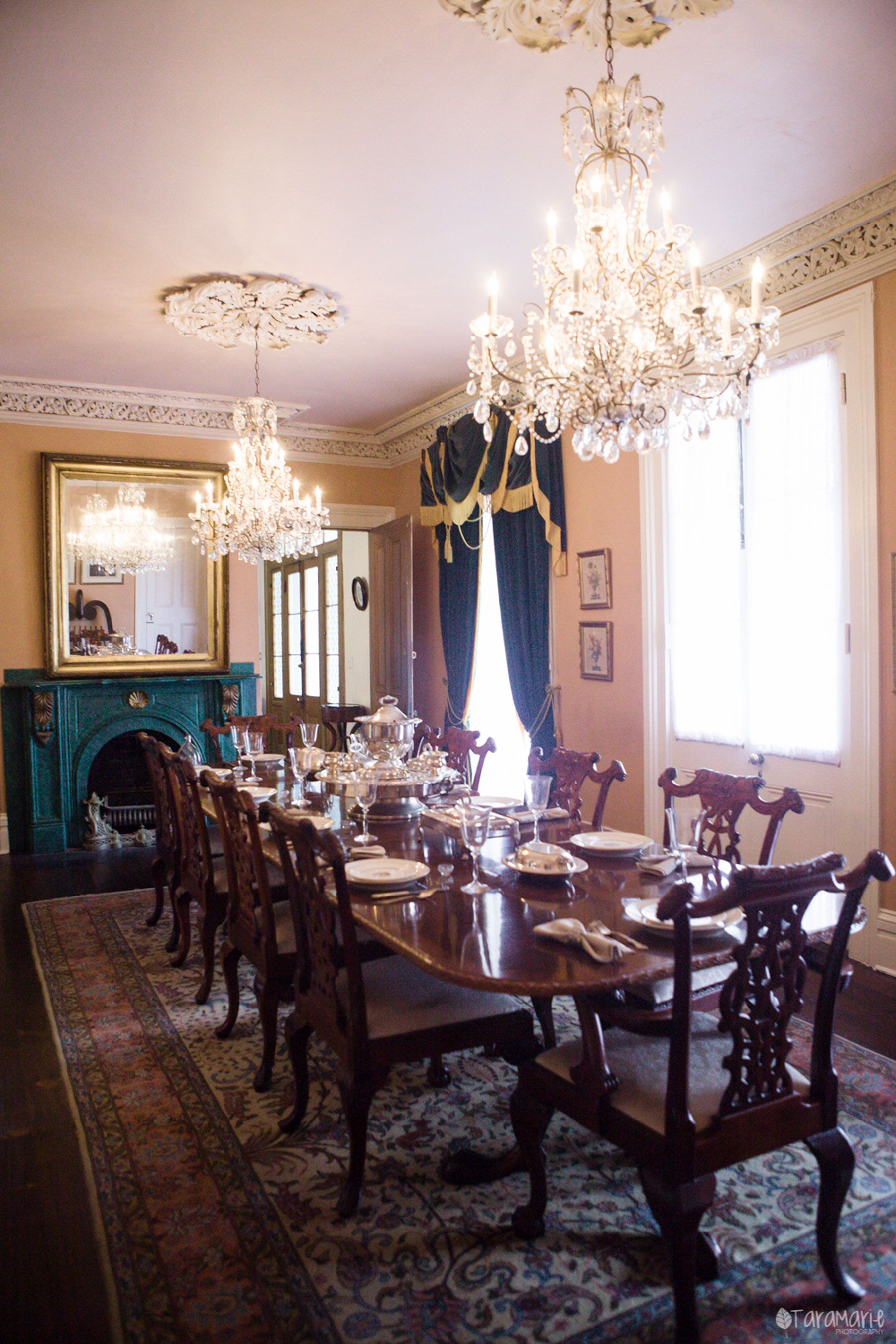 Dining Room where the family ate the Oleander cake that