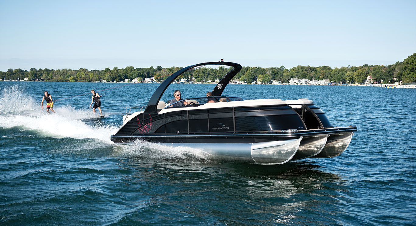 A Bennington Q25 I O Windscreen Sport Arch Pontoon Boat Is Great