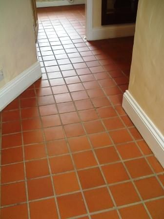 I love the southwestern look of these quarry tiles in the for Southwestern flooring