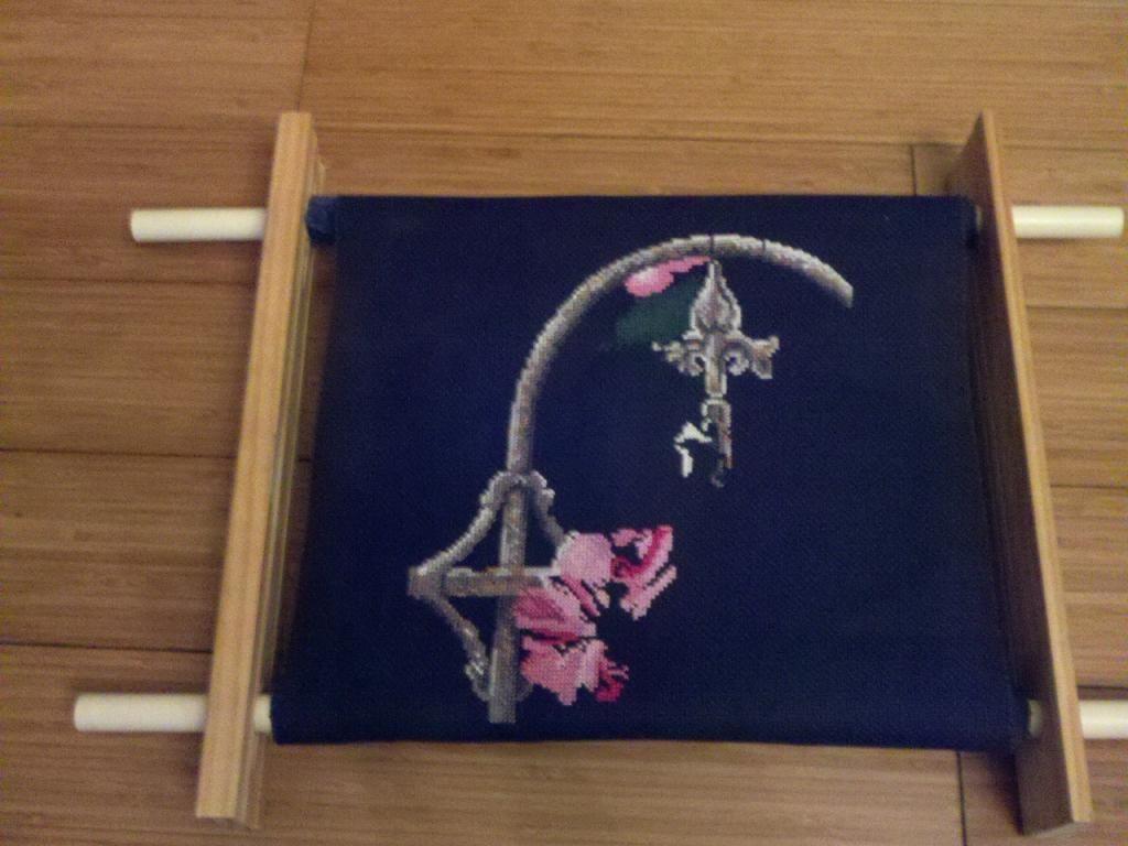 DIY Cross Stitch Scroll Frame | Might make someday | Pinterest ...