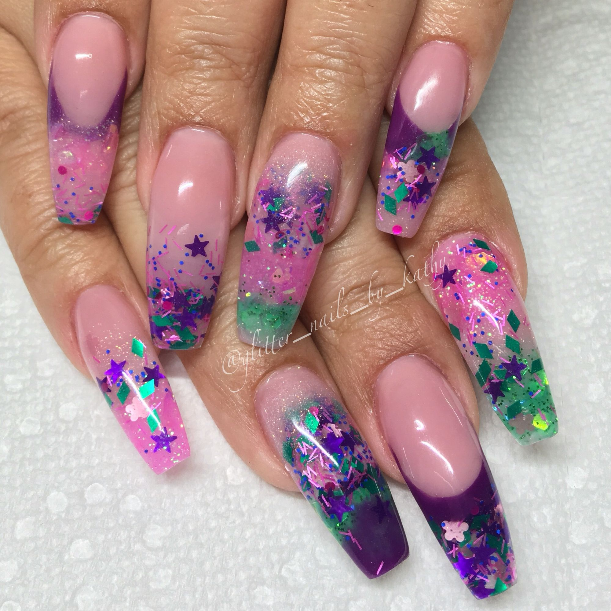Licensed nail tech Downtown Brooklyn NY 20 deposit to book