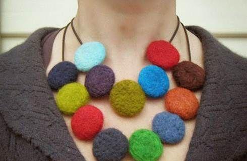 varietà larghe dove posso comprare outlet in vendita Come realizzare una collana di feltro, un tutorial facile ...