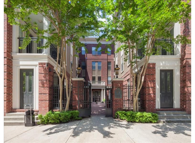 4th Street Apartment vacation rental in Memphis by Stay