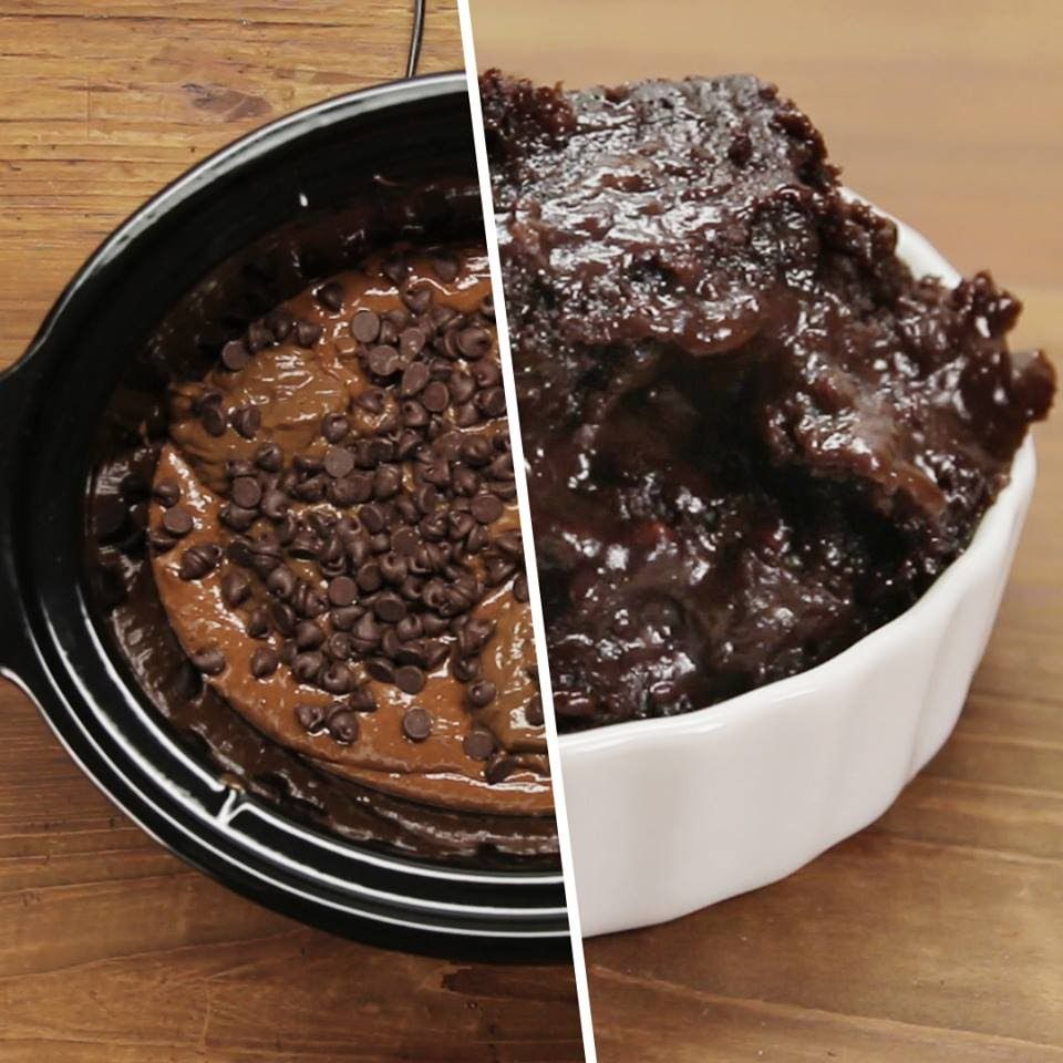 What's Slow-Cooked And Chocolaty? Crock Pot Cake