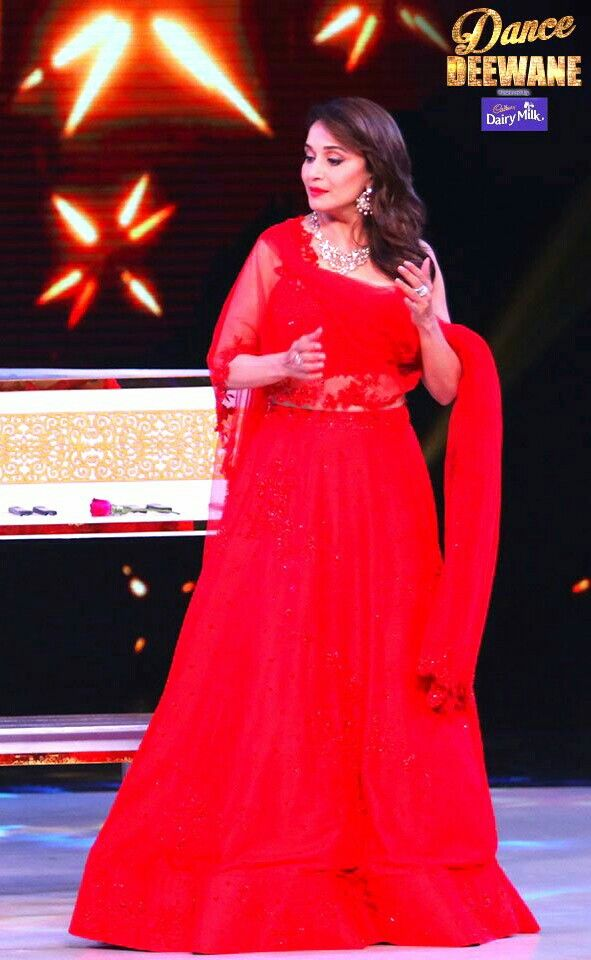 Beautiful Madhuri d nene at Dance Deewane