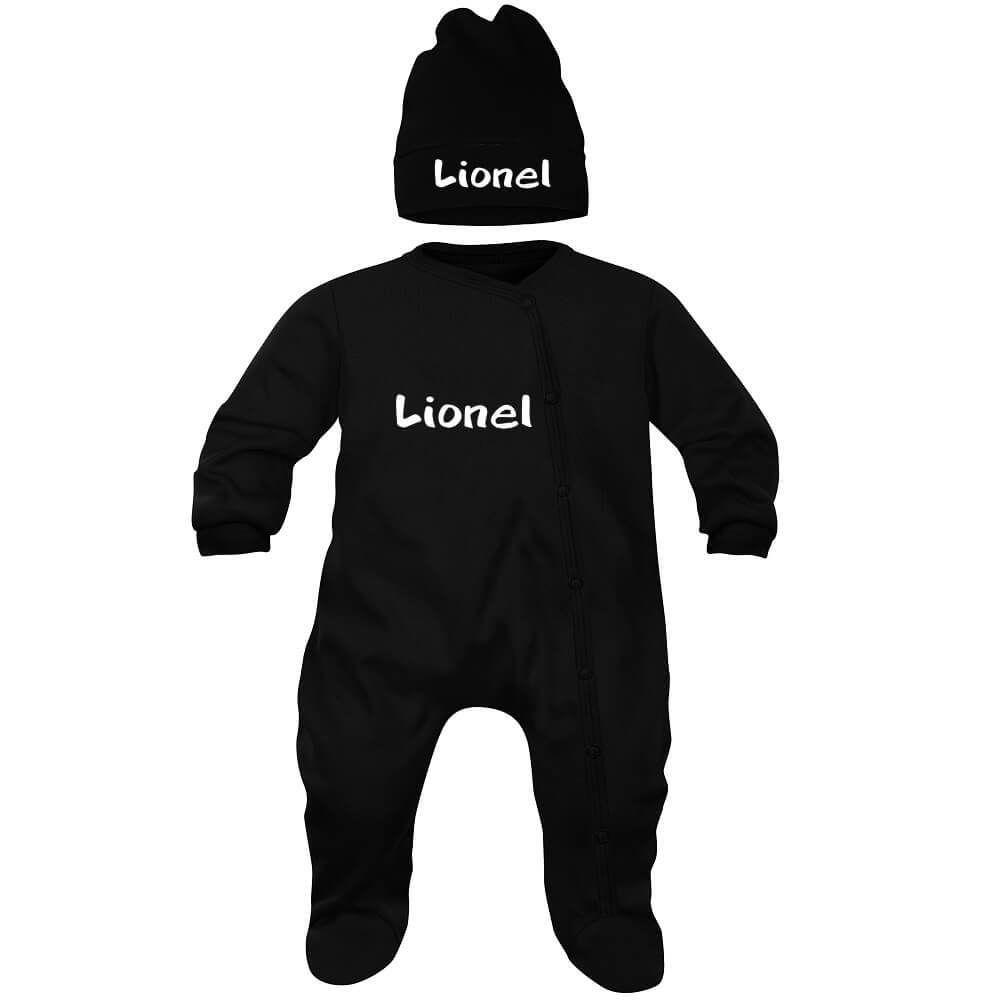 ef52a5e6ce4f1 Ensemble bébé noir avec prénom   pyjama et bonnet