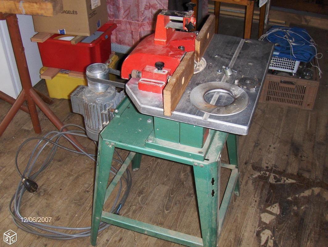 toupie kity 10 machine bois pinterest machine bois trucs et astuces et bricolage. Black Bedroom Furniture Sets. Home Design Ideas