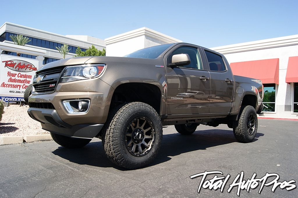 Custom Lifted 2016 Chevrolet Colorado Duramax Brownstone Metallic