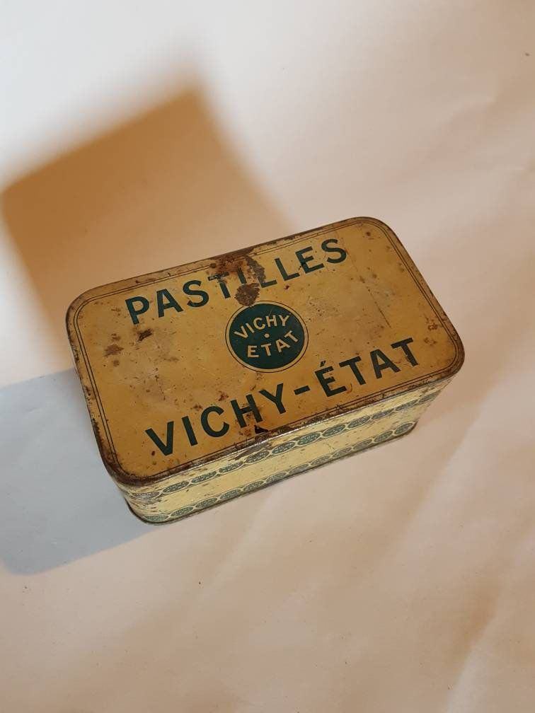 Vintage Tin Box Pastilles Vichy-Etat French Confectionery from 1950s. French  Storage Box.   Vintage tin, Tin boxes, Vintage tins