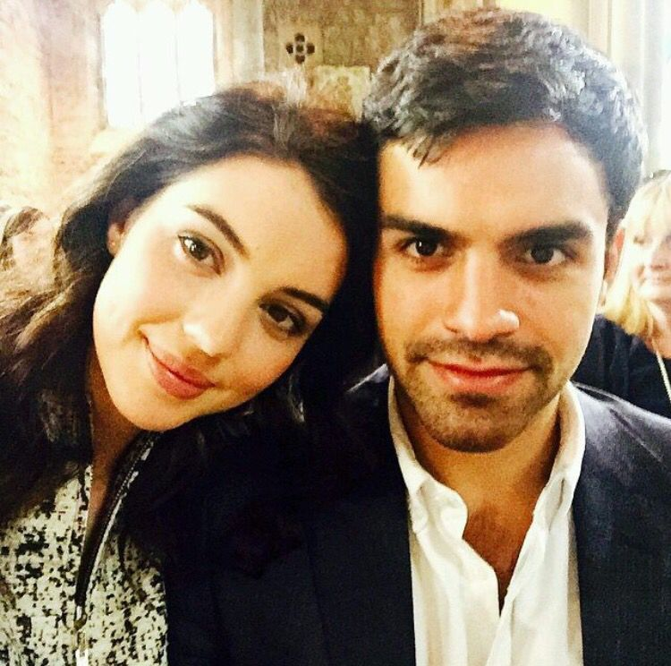 Boyfriend and girlfriend couple: Sean Teale and Adelaide