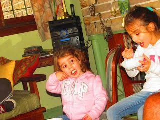 Las migas me persiguen: Domingo de colores intensos en familia
