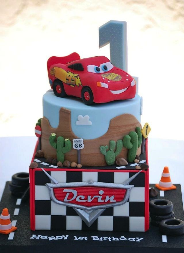 Fabulous Fabulous Disney Cars Cake With Images Lightning Mcqueen Funny Birthday Cards Online Elaedamsfinfo