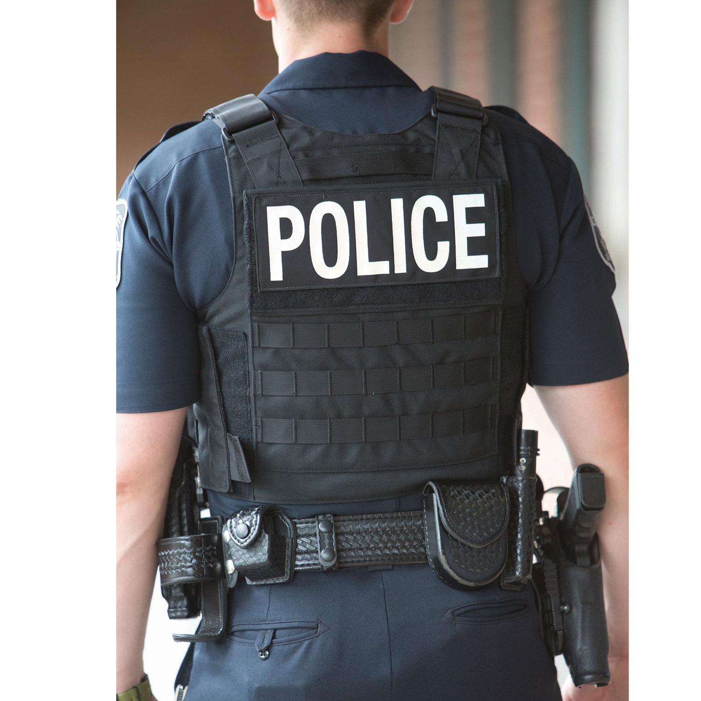 Man Wearing Kevlar Vest How To Wear Police Officer Uniform Police Officer