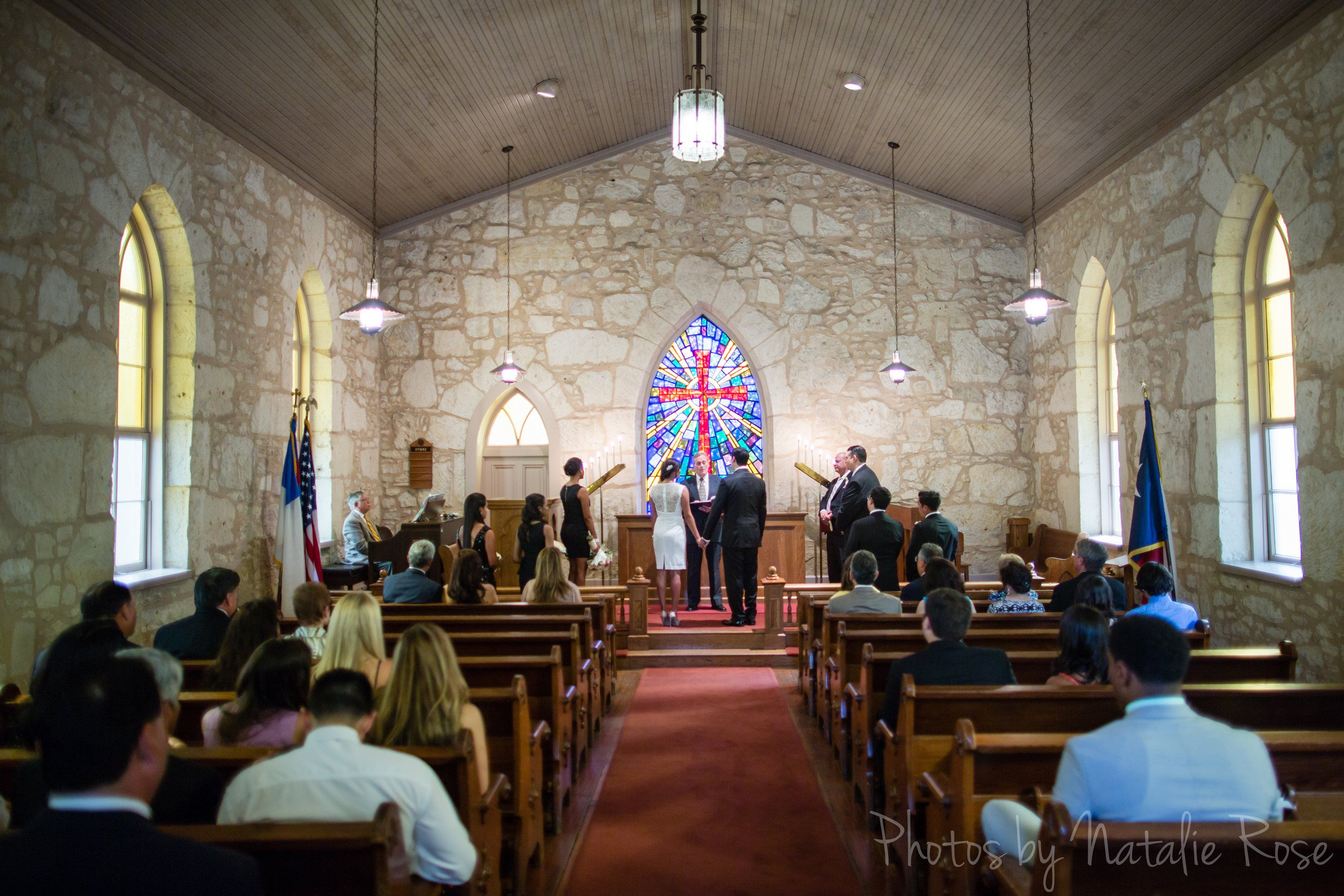 Little Church Of La Villita San Antonio Wedding Photos Laura And Miguel By