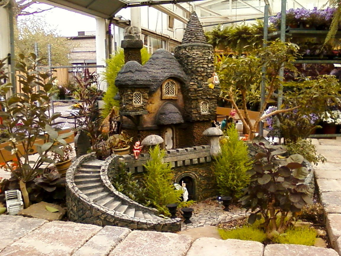Huge fairy house at the centre of Donzell\'s Greenhouse and Garden ...