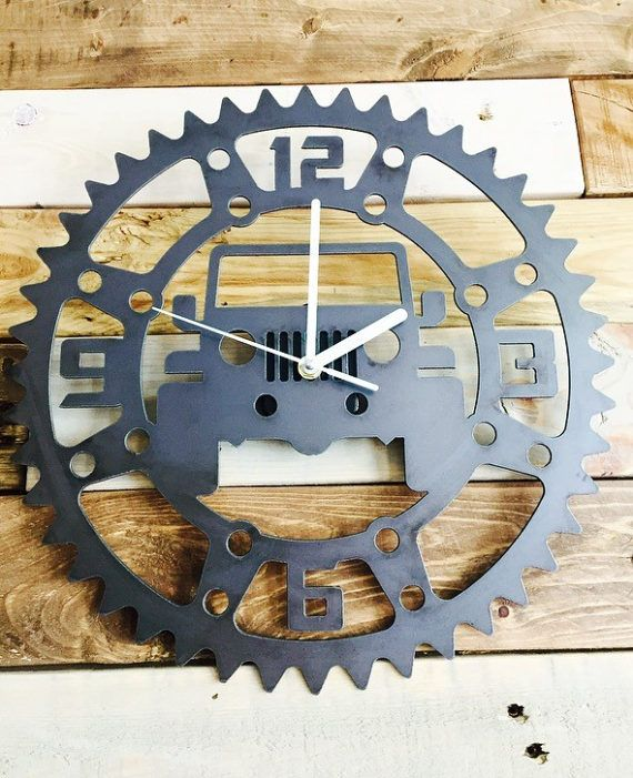 Rustic Metal Jeep Garage Clock- Perfect for the Garage, Office or Man cave #garagemancaves