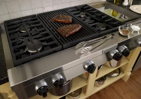 Pro Style Cooktops With Grills - Kitchenology - Blog - Kitchens
