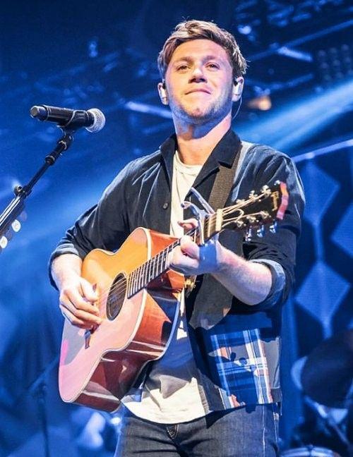 Niall performing at iHeartRadio KISS FM Jingle Ball ❤