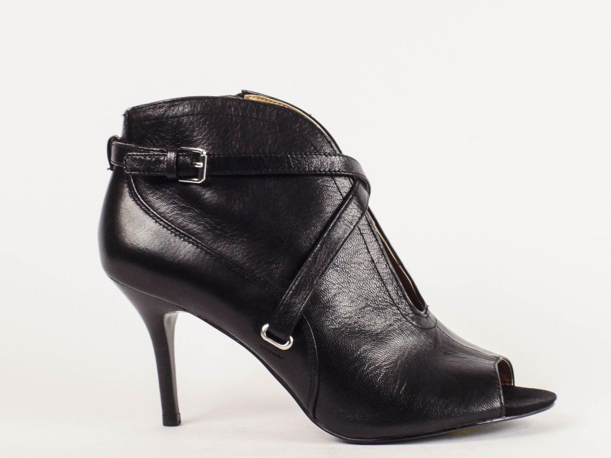 Nine West Gaige Ankle Booties