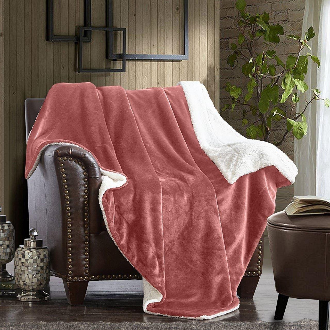 بطانية مخمل وفرو مزدوجه قرمزي فاتح ريزا Butterfly Chair Throw Blanket Blanket