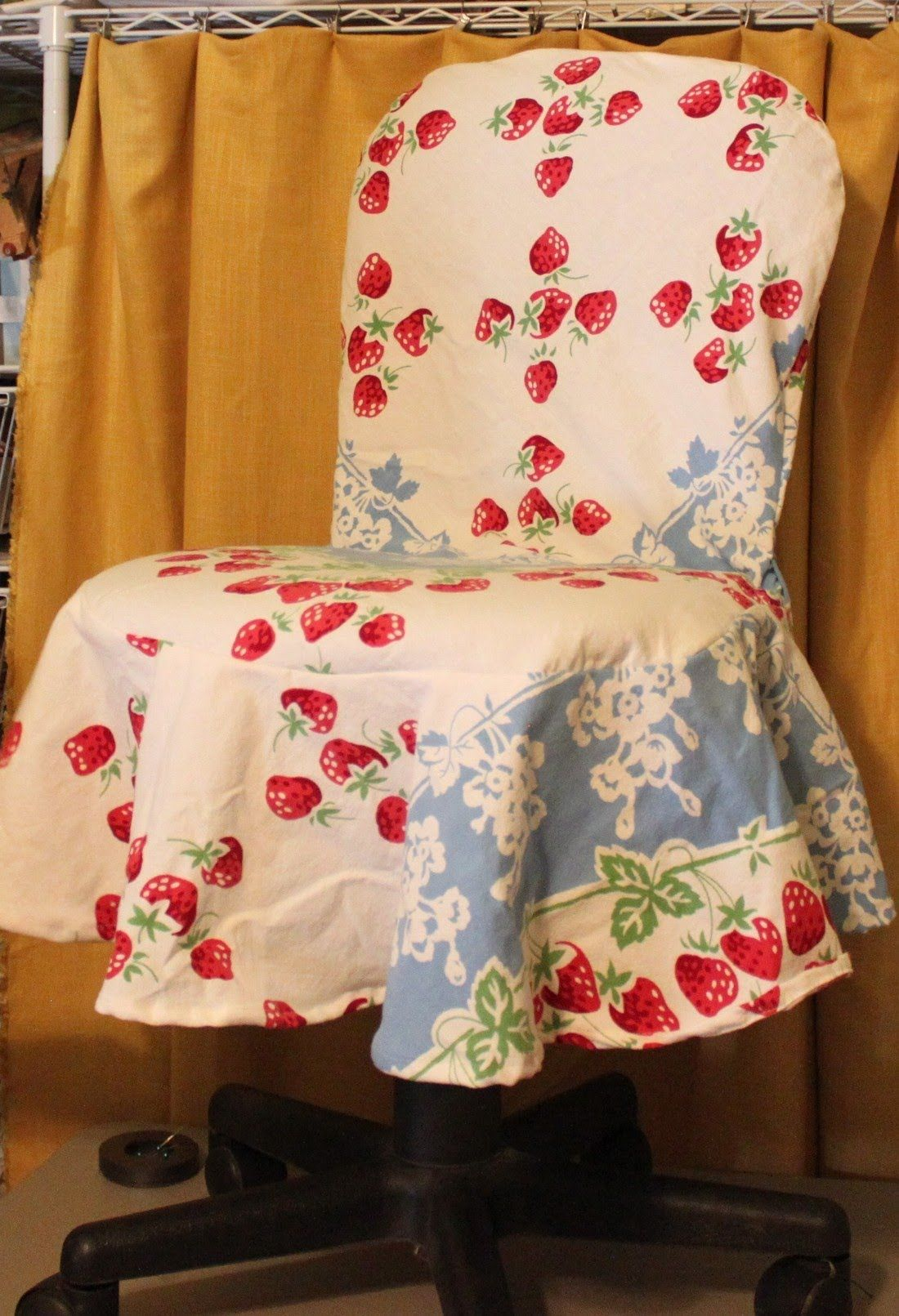 A simple DIY slipcover for office/kitchen/dining room