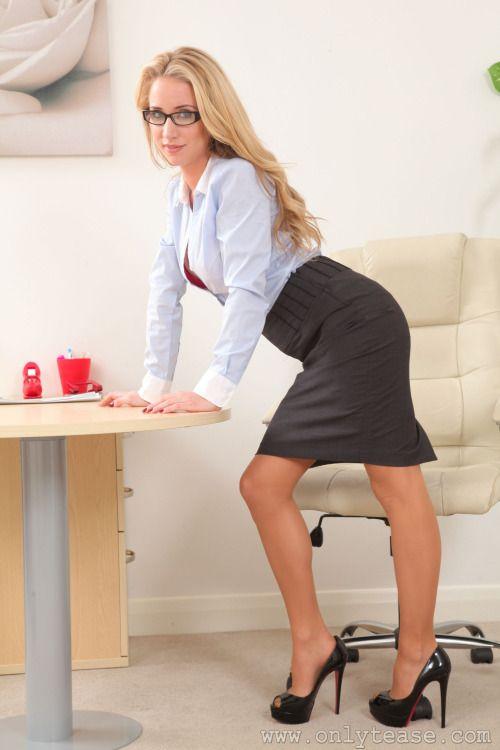 Секретари качать секс