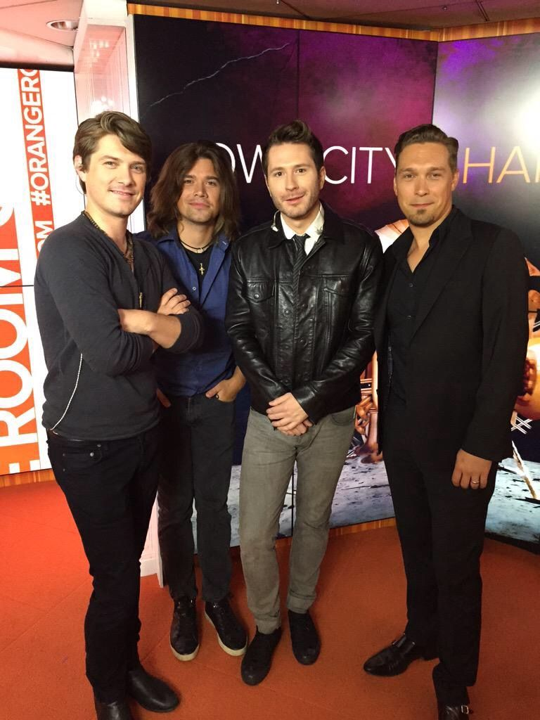 Adam Young Owl City And The Hanson Brothers On The Today Show Adam Young Awkward Family Photos Owl City
