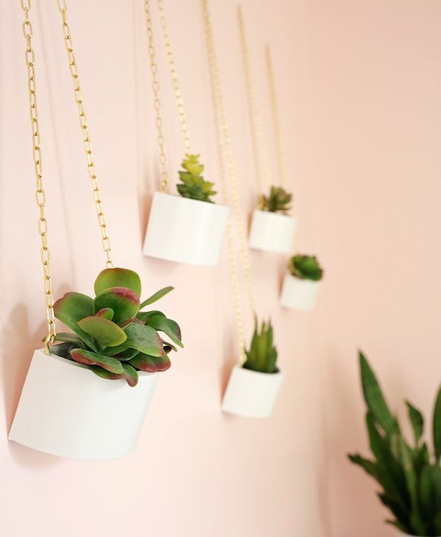 Wooden Box Hanging Planter | Simple DIY Wall Decor Projects To Fill Up Your  Plain Walls
