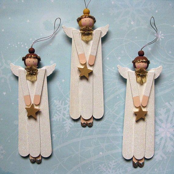 Id es de d corations avec des b tons de glaces decoration de noel avec baton de glace crafts for Decoration glace