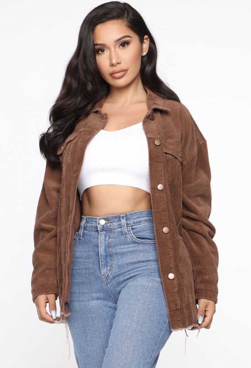 Pin By Milagros Garcia On Ropa Fashion Nova Outfits Brown Jacket Outfit Jacket Outfit Women [ 1214 x 828 Pixel ]