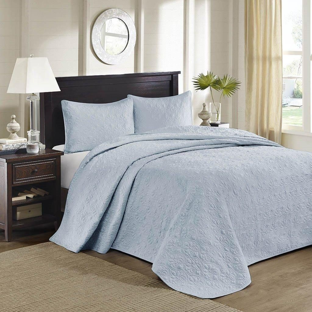 Amazoncom 3pc Oversized Blue King Bedspread Floor Set Solid Light