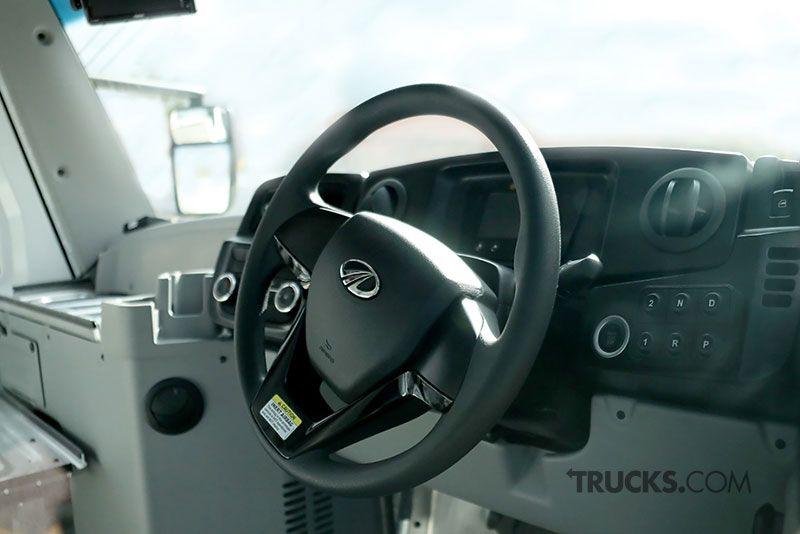 Mahindra Mail Truck Interior Mail Truck Truck Interior Trucks