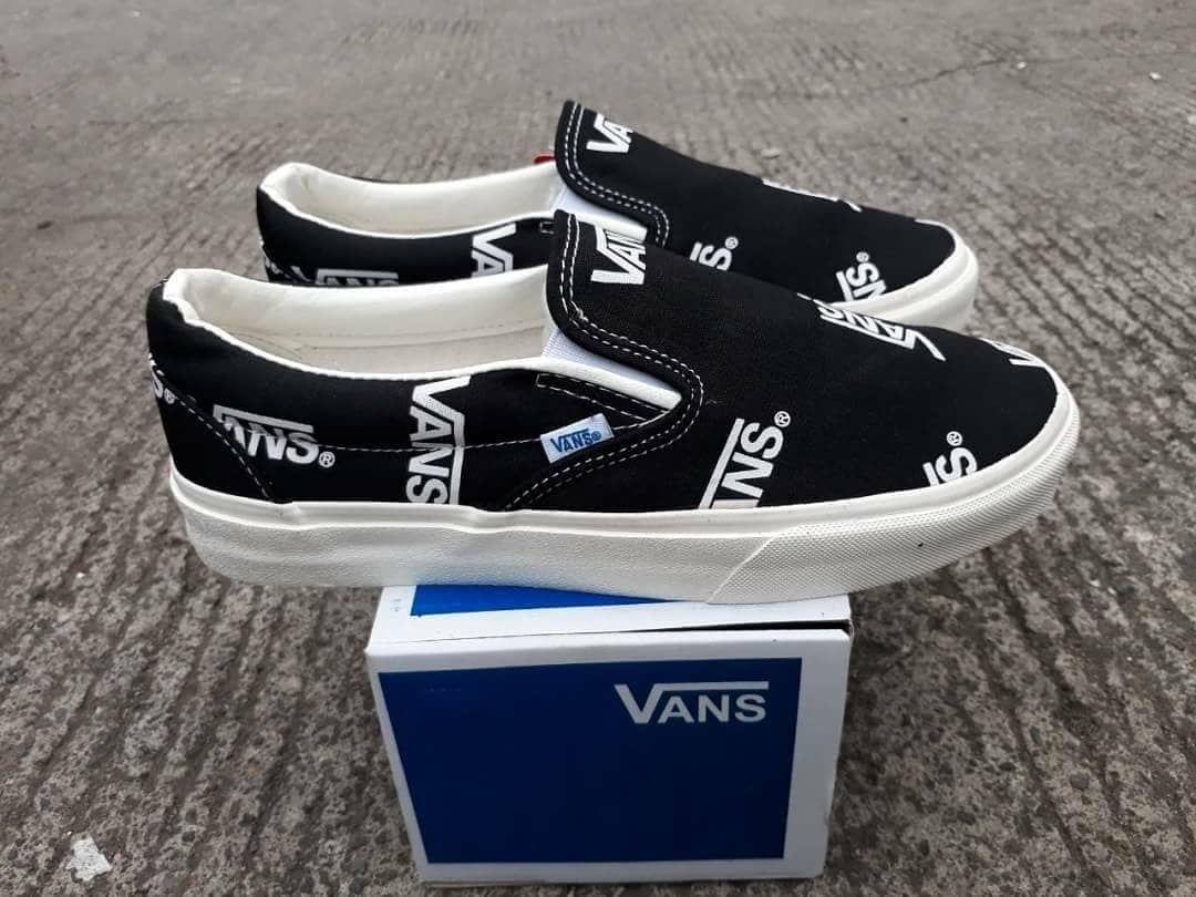 Vans Slip On Vault Og Classic Black White Premium Bnib Grade Ori